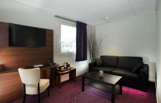 Room Brit Hotel Tours Sud – Le Cheops