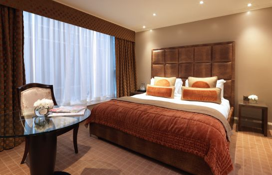 Suite Radisson Blu Edwardian Heathrow Hotel