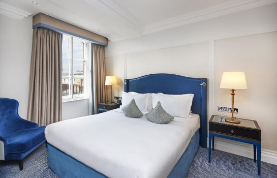 Suite The Waldorf Hilton London