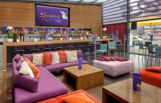 Bar del hotel Park Inn by Radisson Berlin Alexanderplatz