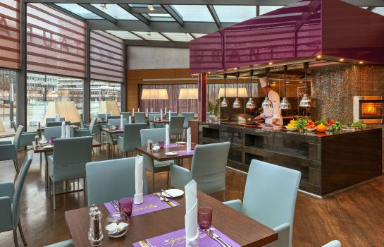 Ristorante Park Inn by Radisson Berlin Alexanderplatz