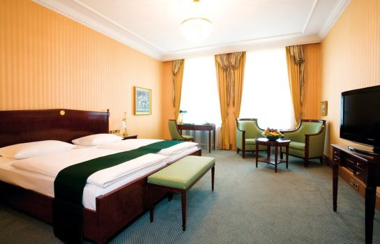 Junior Suite Best Western Premier Grand Hotel Russischer Hof