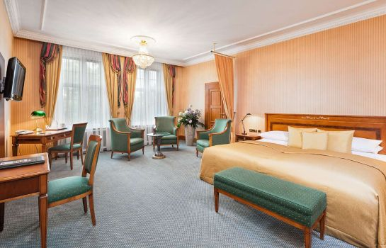 Camera Best Western Premier Grand Hotel Russischer Hof