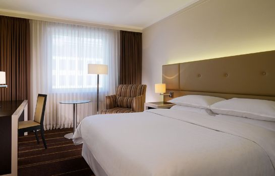 Double room (superior) Sheraton Palace Hotel Moscow