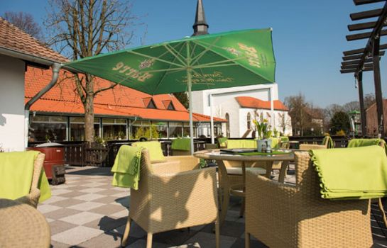 Terrasse Land-gut-Hotel Meyer-Pilz