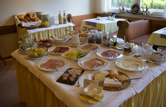 Breakfast buffet Spessartstuben