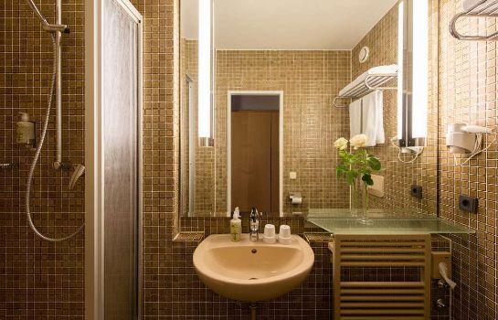 Bathroom Derag Livinghotel Nürnberg