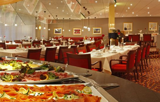 Breakfast buffet H+ Hotel Brühl