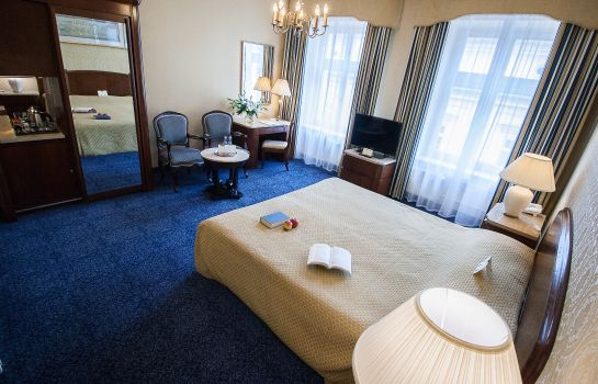 Double room (standard) Grand