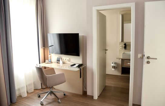 Single room (superior) Bonn City