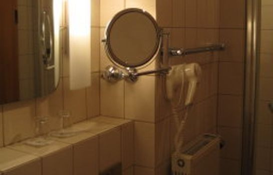 Bagno in camera Bayerischer Hof Garni & Boardinghouse