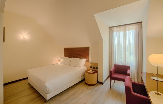 Double room (superior) NH Milano 2