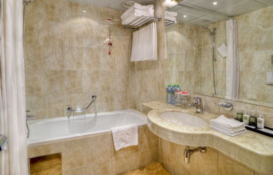 Cuarto de baño Moscow  a Luxury Collection Hotel Hotel National