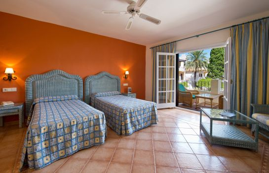 Double room (standard) Bluebay Banús