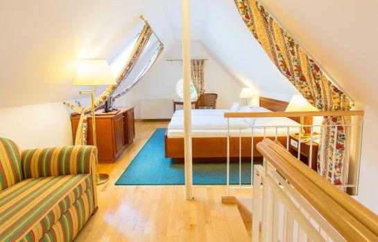 Hotel Churfürstliche Waldschänke in Moritzburg – HOTEL DE