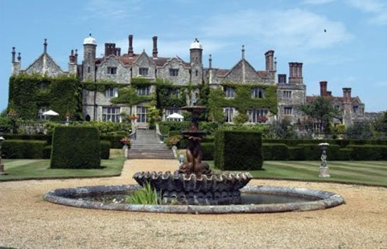 Vista exterior Eastwell Manor