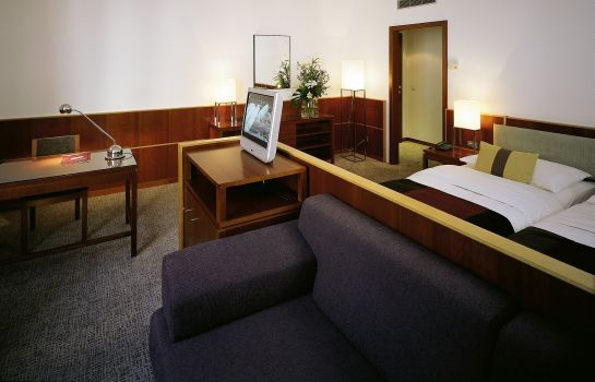 Suite K+K Hotel Maria Theresia