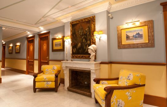 Vista all'interno Inglaterra Hotel