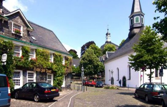 Hotel gr frather hof in solingen hotel de for Hotel in solingen