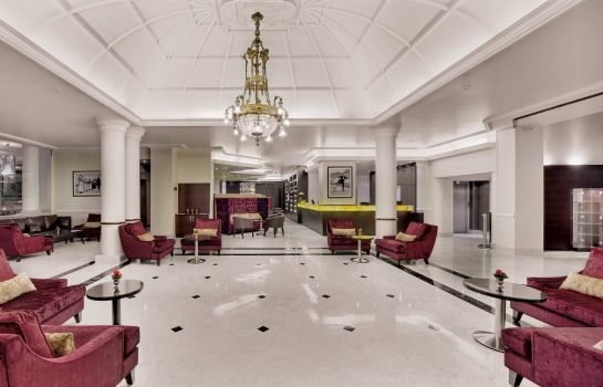 Hotelhalle Grand Hotel Suisse Majestic Autograph Collection