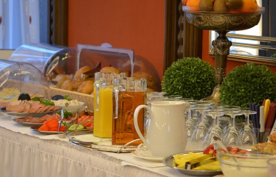 Breakfast buffet Franziskaner