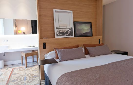 Suite Alexandra Barcelona Hotel Curio Collection by Hilton