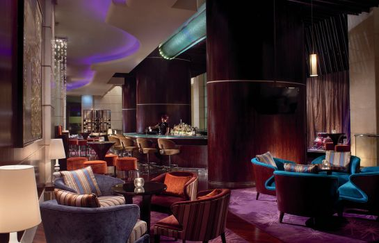 Hotel bar The Portman Ritz-Carlton Shanghai