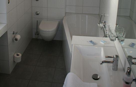 hotel römerbad - bad salzuflen günstig bei hotel de, Badezimmer ideen