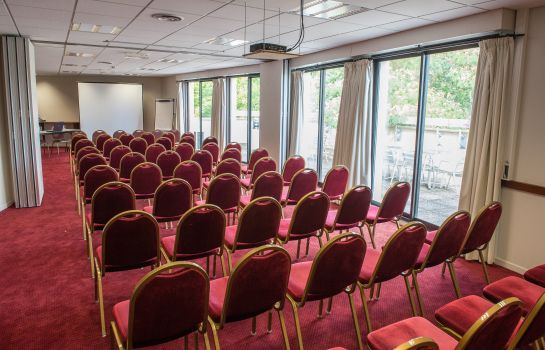 Besprechungszimmer Brit Hotel Angers Parc Expo – L'Acropole