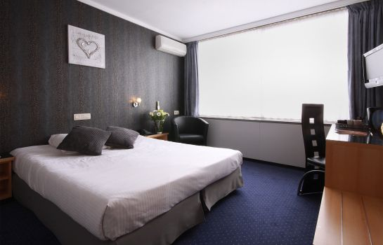Double room (standard) Leonardo Hotel Charleroi City Center