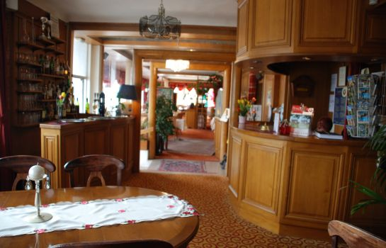 Hall INTER-HOTEL Montrichard Le Bellevue