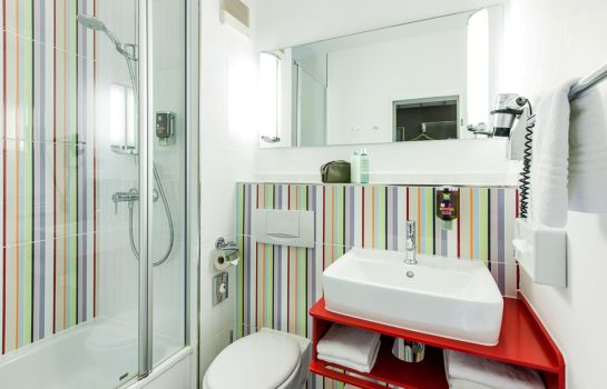 Bagno in camera ibis Styles Hotel Aachen City