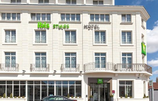 Exterior view ibis Styles Saumur Gare Centre