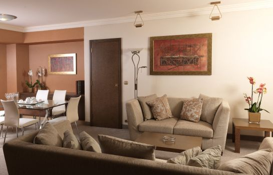 Suite AIRPORT W Holiday Inn ATHENS - ATTICA AV