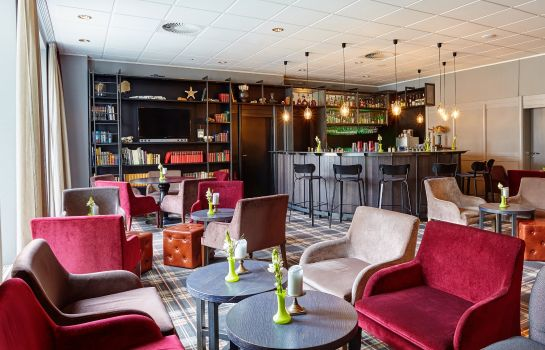 Hotel-Bar Holiday Inn LUBECK