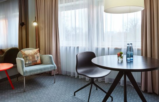 Zimmer Holiday Inn LUBECK