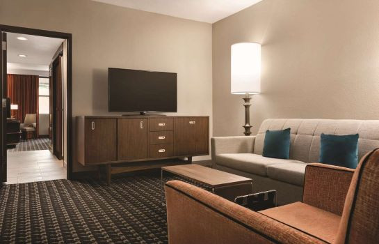 Zimmer The American Hotel Atlanta Downtown - a DoubleTree by Hilton