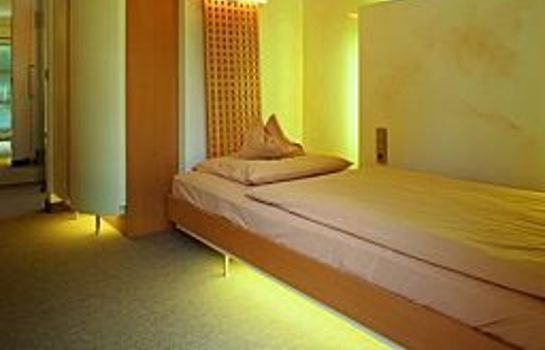 Single room (standard) Mintrops Land Hotel