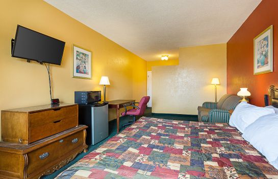 Suite Rodeway Inn Roswell
