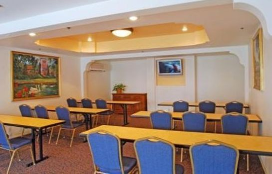 Sala congressi Oxford Suites Pismo Beach