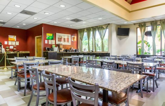 Restaurant Quality Suites Orlando