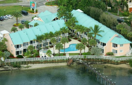 Exterior view Jupiter Waterfront