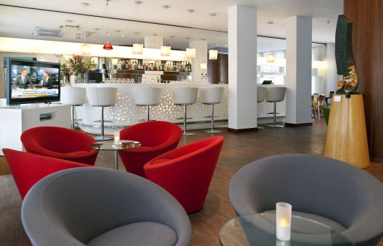 Hotel bar Park Plaza Berlin Kudamm