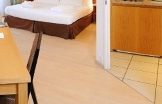 Chambre Residhome Paris-Massy Apparthotel