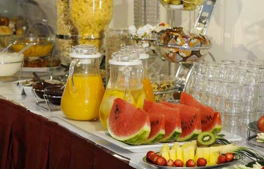 Breakfast buffet Fior di Sardegna Hotel Village