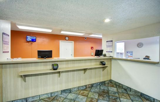 Hotelhal MOTEL 6 GREENSBORO AIRPORT