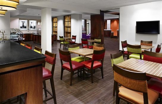 Restaurant Four Points by Sheraton Memphis East
