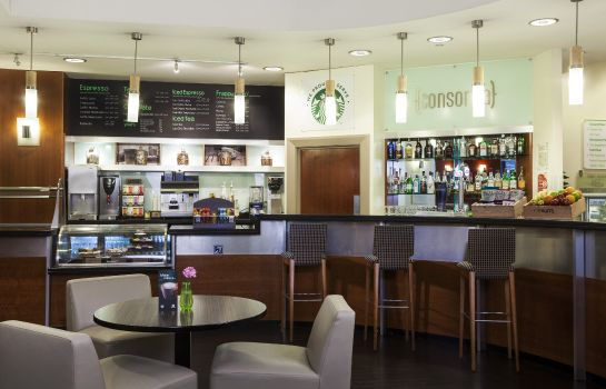 Hotel bar Holiday Inn LONDON - KENSINGTON FORUM