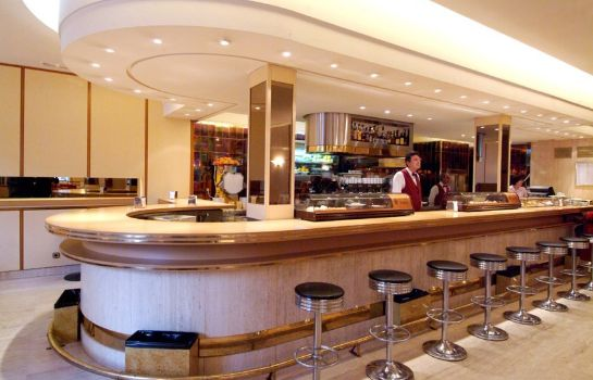 Bar del hotel Liabeny