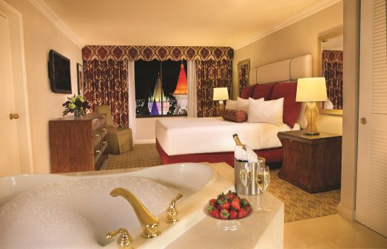 Suite MGM Excalibur Hotel and Casino